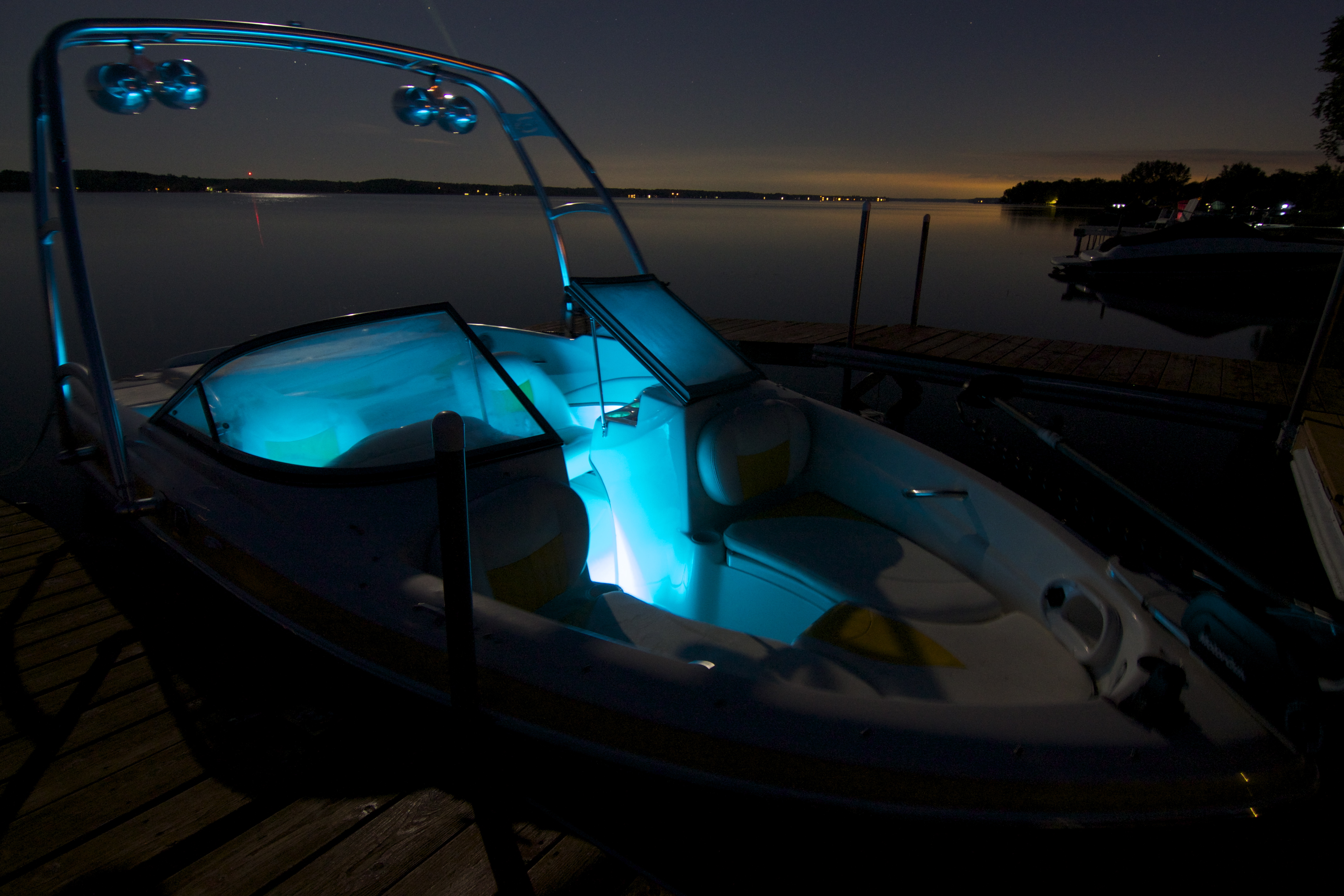 Blue Multigloz Led Boat Light Interior 2 Portfolio Aqualitz